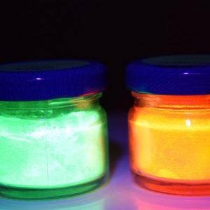 Poudres UV